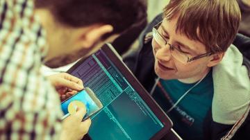 #AIMTEC hackathon: Když za 40 hodin vznikne VR hra nebo neukradnutelné kolo